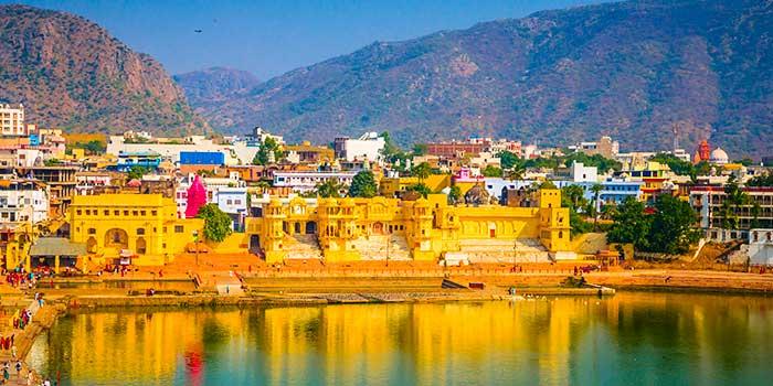 ¿Qué hace a Pushkar un destino turístico encantador?
